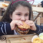 Maricota descobriu um dom fazer hamburguer  Participamos hoje dohellip